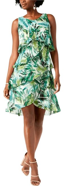 Preload https://img-static.tradesy.com/item/25914633/green-tropical-palm-print-ruffled-short-casual-dress-size-4-s-0-1-650-650.jpg