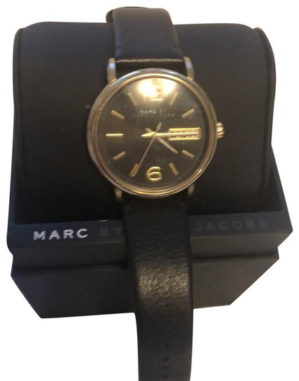 Preload https://img-static.tradesy.com/item/25914663/marc-by-marc-jacobs-black-mbm1338-0-1-540-540.jpg