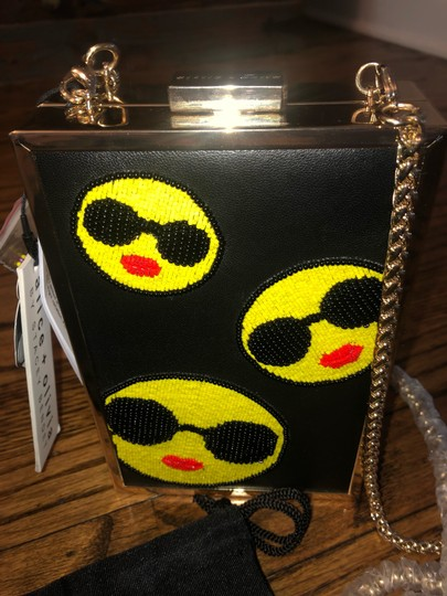 Alice + Olivia black Clutch Image 2