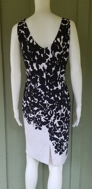 White House | Black Market short dress Black, White Sheath Floral Cotton Stretch And on Tradesy Image 2