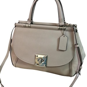 Coach Satchel in Birch Grey
