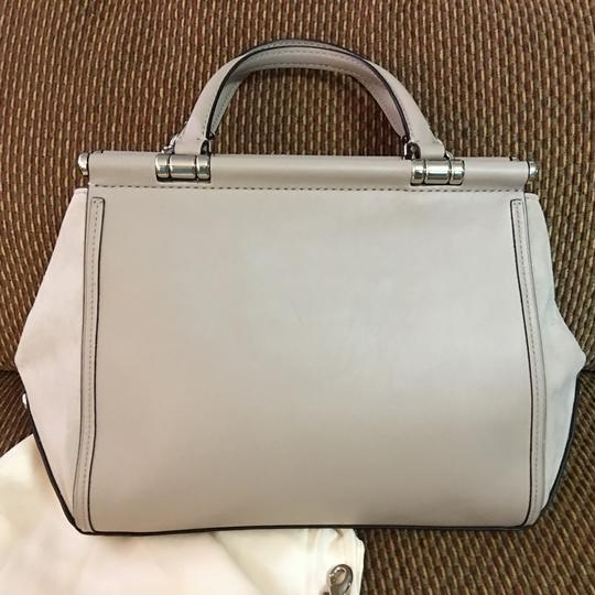Coach Satchel in Birch Grey Image 4
