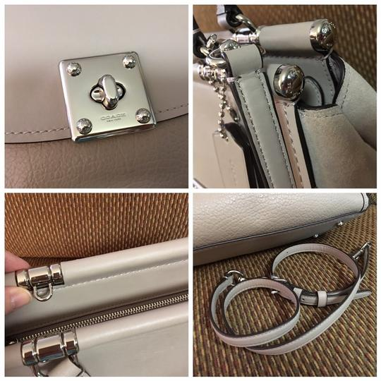 Coach Satchel in Birch Grey Image 5