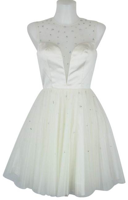 Preload https://img-static.tradesy.com/item/25914995/sherri-hill-white-tulle-sleeveless-cz-crystal-short-cocktail-dress-size-2-xs-0-1-650-650.jpg