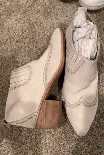 Madewell white/ivory Boots Image 3