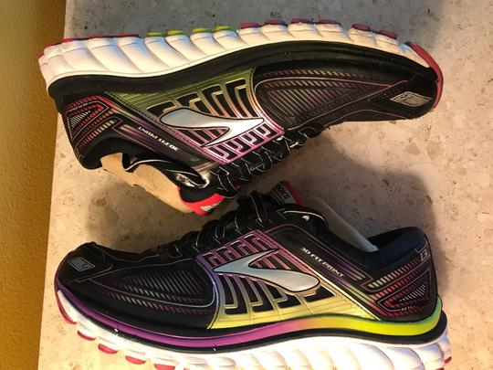Brooks black and Nen multicolor Athletic Image 5
