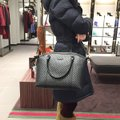 Gucci Tote in navy Image 11
