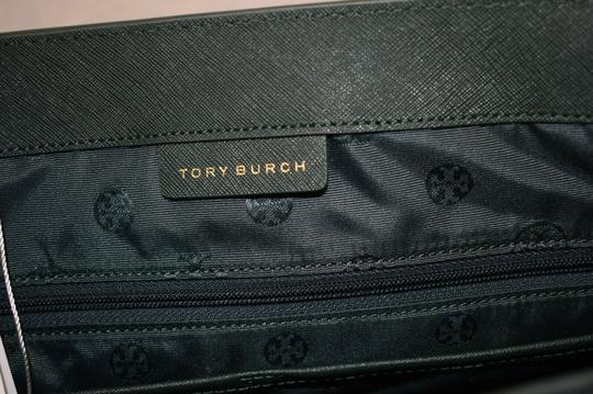 Tory Burch Tote in Green Image 8