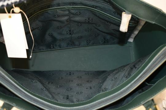 Tory Burch Tote in Green Image 9