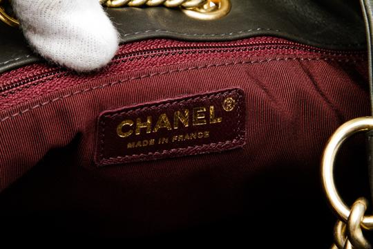 Chanel Shoulder Bag Image 4