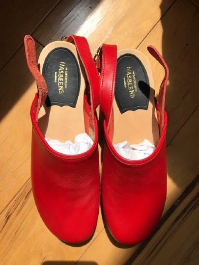 swedish hasbeens Wood Casual Leather Vintage Red Mules Image 2