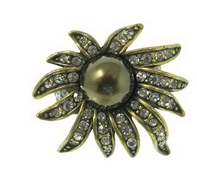 Item - Bronzetone Olive Green Bold Statement Flower Rhinestone Size 8 Ring