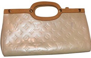 Louis Vuitton Satchel in Cream and Tan