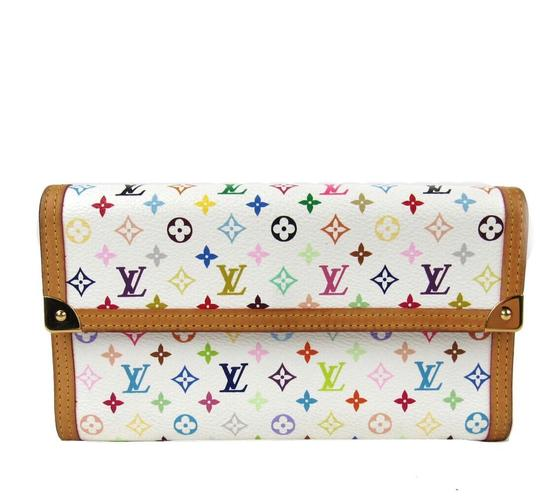 Preload https://img-static.tradesy.com/item/25918128/louis-vuitton-multi-color-long-tresor-porte-international-trifold-monogram-white-wallet-0-0-540-540.jpg