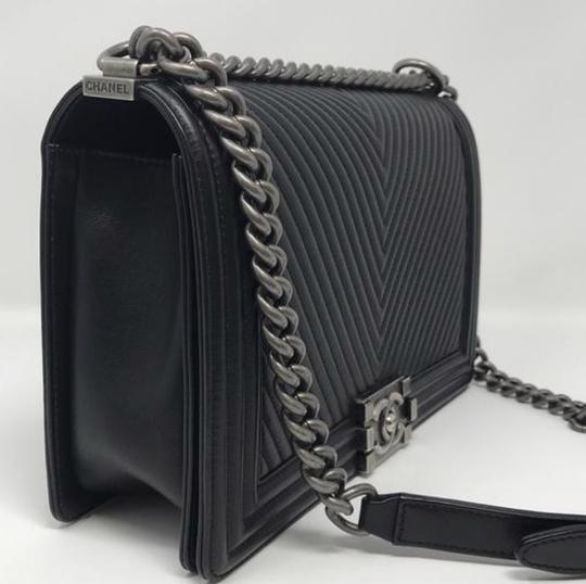 Chanel Cross Body Bag Image 3