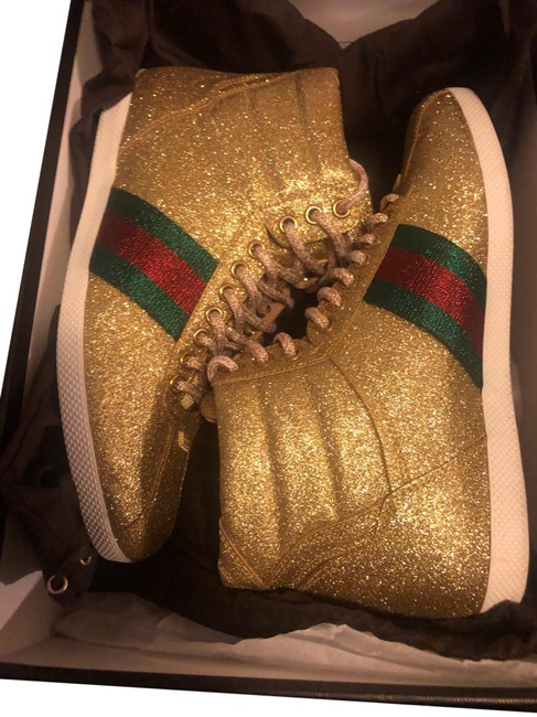Item - Gold with Green & Red High Top Sneakers Size EU 37 (Approx. US 7) Regular (M, B)
