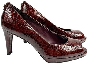 Stuart Weitzman Snakeskin Patent Leather Peep Toe Open Toe Candy Apple red Pumps