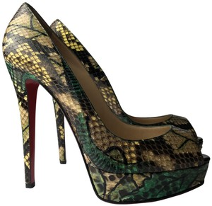 best value 97f0d 0837e Green Christian Louboutin Pumps Up to 90% off at Tradesy
