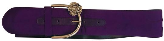 Preload https://img-static.tradesy.com/item/25919957/versace-purple-silver-gianniversace-taffeta-and-leather-rose-belt-0-2-540-540.jpg
