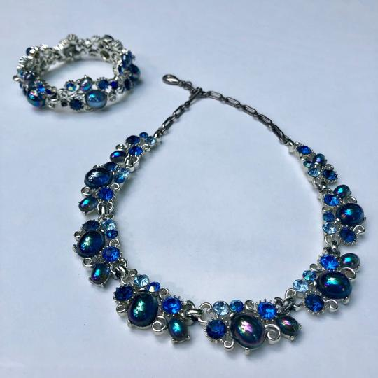 Preload https://img-static.tradesy.com/item/25921249/lisner-blue-rhinestone-vintage-set-necklace-0-0-540-540.jpg