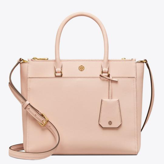 Preload https://item5.tradesy.com/images/tory-burch-robinson-double-zip-pale-apricots-saffiano-leather-tote-25921794-0-1.jpg?width=440&height=440