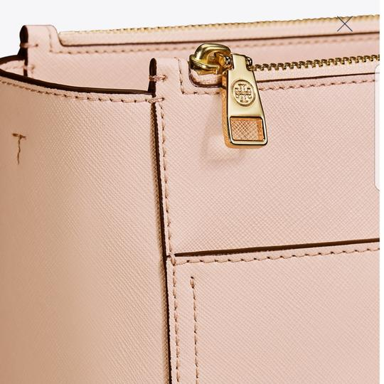 Tory Burch Tote in Pale apricots Image 3