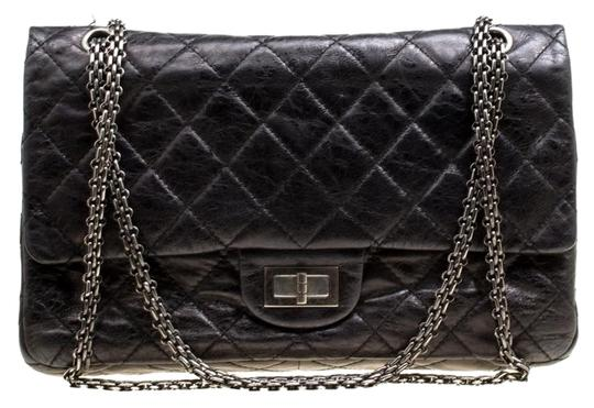 Preload https://img-static.tradesy.com/item/25921833/chanel-classic-flap-255-reissue-quilted-reissue-classic-227-black-leather-shoulder-bag-0-1-540-540.jpg