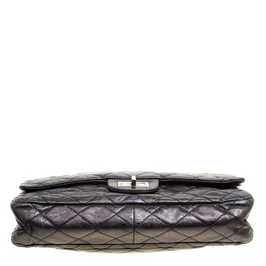 Chanel Leather Quilted Classic Shoulder Bag Image 3