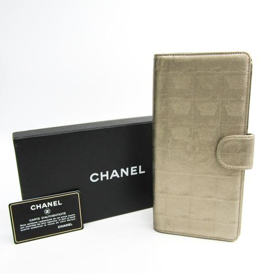 Chanel Chanel New Travel Line Travel Case Women's Coated Canvas Bill Wallet (bi-fold) Gold Image 10