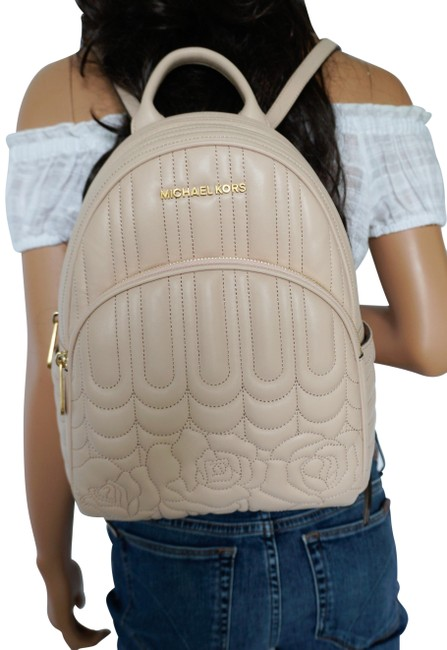 Item - Backpack Abbey Medium Rose Quilted Pink Ballet Leather Laptop Bag