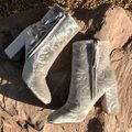 Rebecca Minkoff Grey Blush Bryce Floral Embossed Velvet Boots/Booties Size US 9.5 Regular (M, B) Rebecca Minkoff Grey Blush Bryce Floral Embossed Velvet Boots/Booties Size US 9.5 Regular (M, B) Image 3