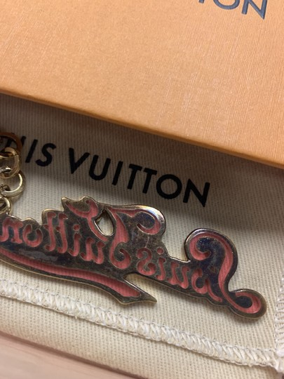Louis Vuitton LOUIS VUITTON LV Legend Key Holder Golden Metal Gold/Rose M66027 Image 4