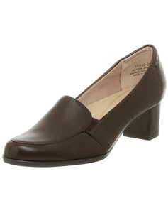 Trotters Black Loafers brown Pumps