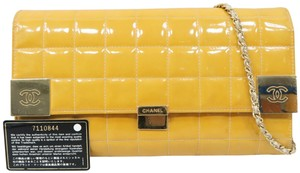 Chanel Vernis Leather Shoulder Bag