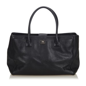 Chanel 9hchto004 Vintage Cowhide Leather Tote in Black