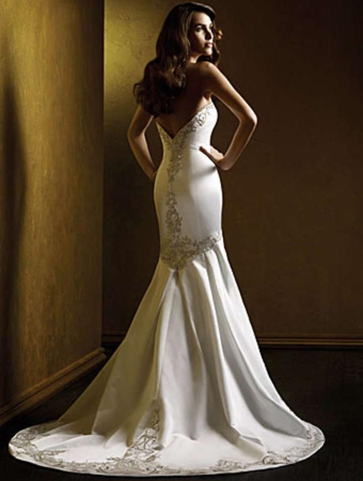 Alfred Angelo Style 427 Wedding Dress