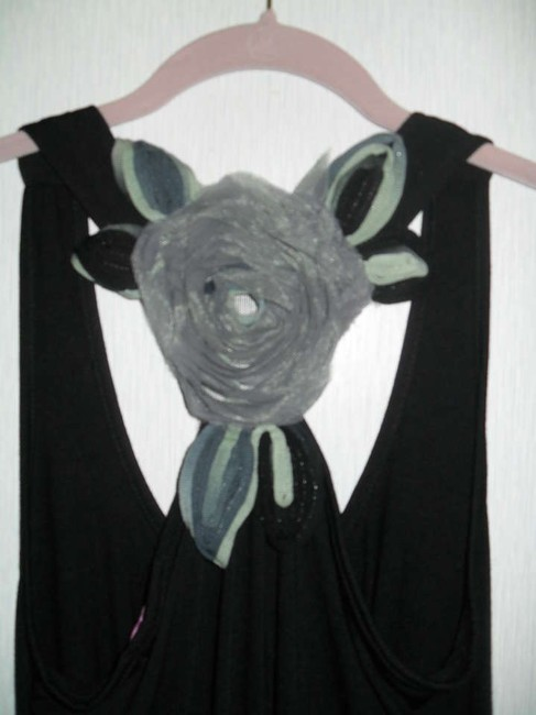 Julie's Closet Black w/Gray Halter Top