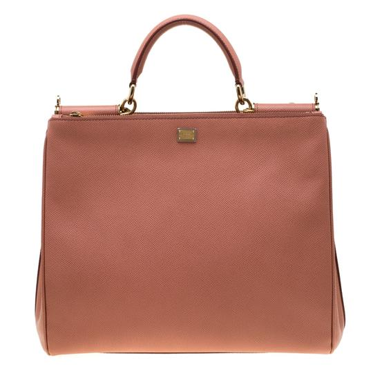 Preload https://img-static.tradesy.com/item/25927814/dolce-and-gabbana-large-miss-sicily-peach-leather-tote-0-0-540-540.jpg