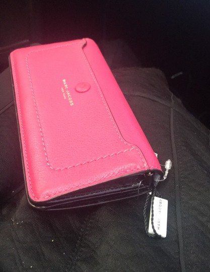Marc Jacobs leather wallet. Image 1