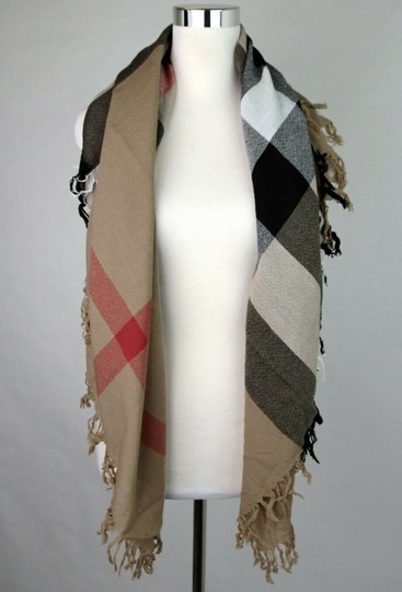 Burberry Burberry Women's Camel Signature House Check Wool Scarf 38414031 Image 2