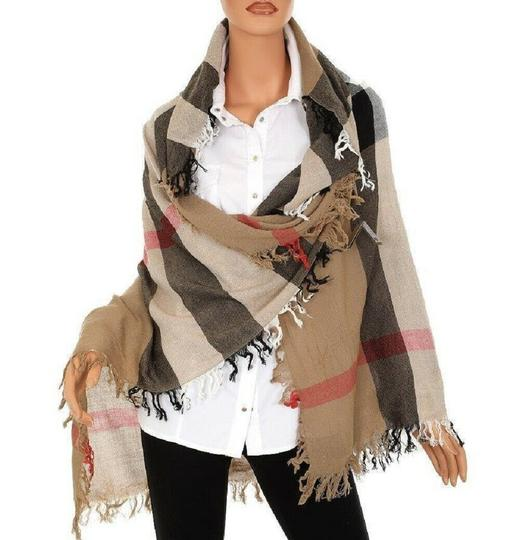 Burberry Burberry Women's Camel Signature House Check Wool Scarf 38414031 Image 6