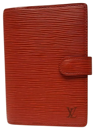 Preload https://img-static.tradesy.com/item/25929737/louis-vuitton-red-agenda-pm-day-planner-diary-epi-leather-notepaper-0-2-540-540.jpg