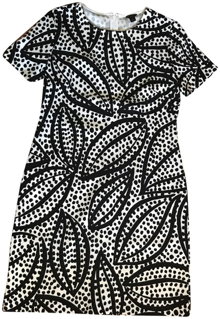 Item - Black and White Patterned Mid-length Work/Office Dress Size Petite 8 (M)