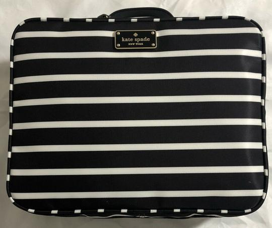 Kate Spade Wilson Road Martie French Stripe Makeup Cosmetic Toiletries Travel Bag Image 2