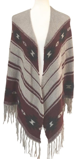 Item - Knit Aztec Print Black Fringe Knit Open Front Poncho Gray Sweater