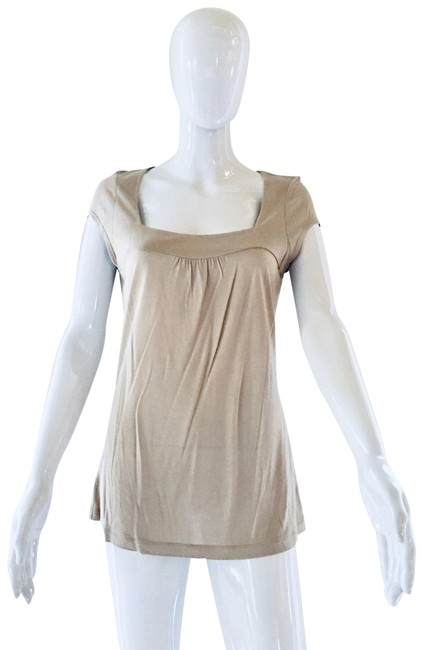 Item - Beige Square Neck Long Tee Shirt Size 8 (M)