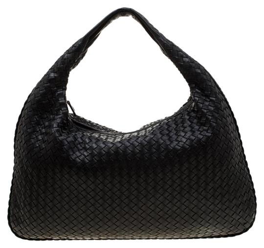 Preload https://img-static.tradesy.com/item/25932010/bottega-veneta-intrecciato-maxi-black-leather-hobo-bag-0-1-540-540.jpg