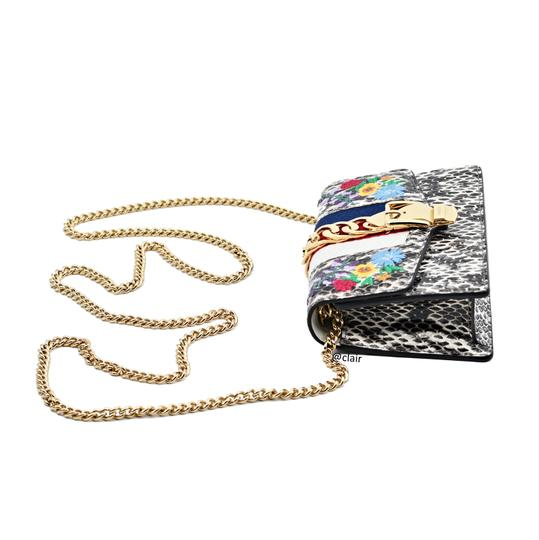 Gucci Leather Cross Body Bag Image 3