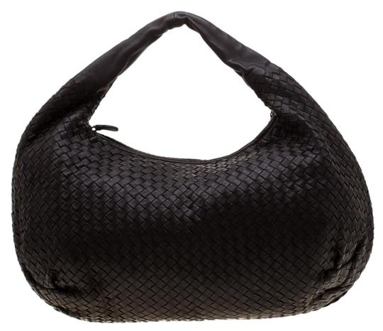 Preload https://img-static.tradesy.com/item/25932135/bottega-veneta-dark-intrecciato-large-brown-leather-hobo-bag-0-1-540-540.jpg