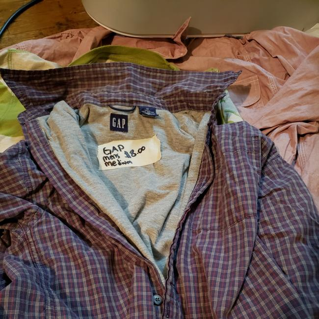 Preload https://item4.tradesy.com/images/gap-button-down-top-size-8-m-25932223-0-0.jpg?width=400&height=650